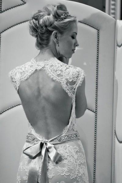 Šaty - zaostrené na chrbát - Obrázok č. 21
