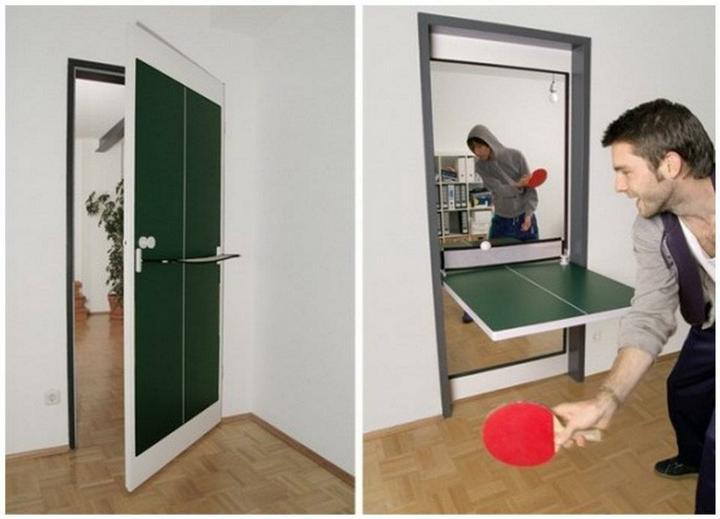Bez slov a pre zábavu. - Hrávate ping pong? Kam by ste dali takéto ping pongové dvere?