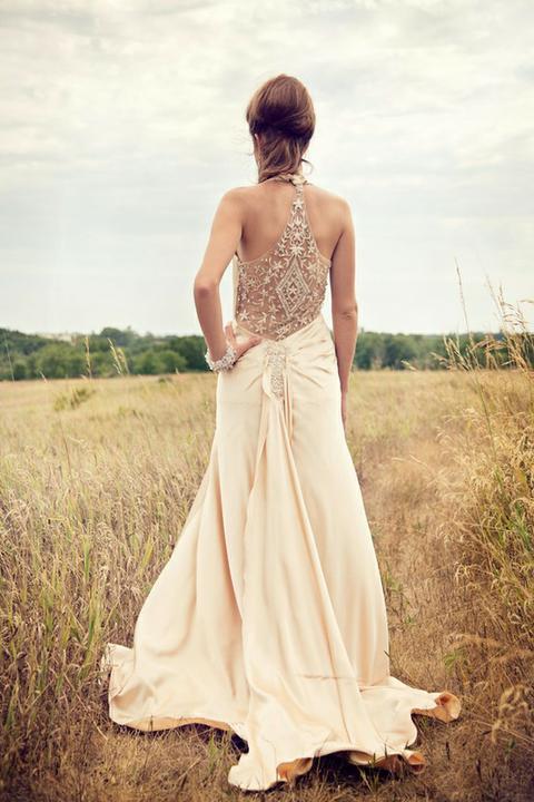 Šaty - zaostrené na chrbát - Obrázok č. 58