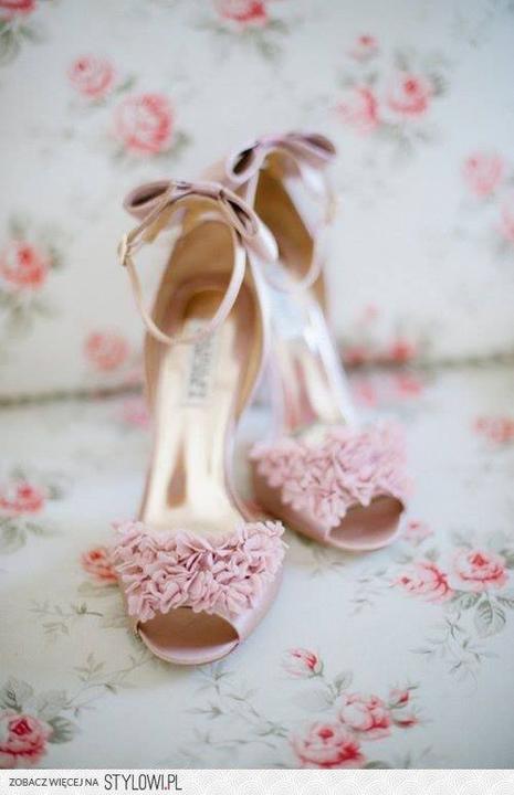 Wedding shoes <3 - Obrázok č. 36