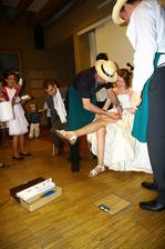 Zvyky-podkůvání nevěsty