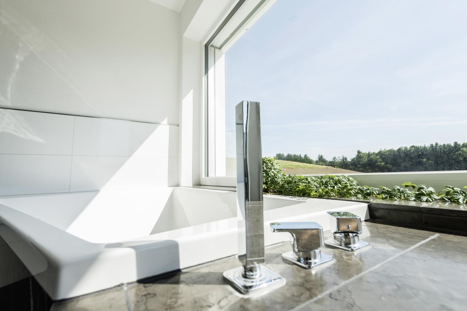 Inšpirujte sa.... kúpeľňa s krásnym výhľadom - Obrázok č. 3