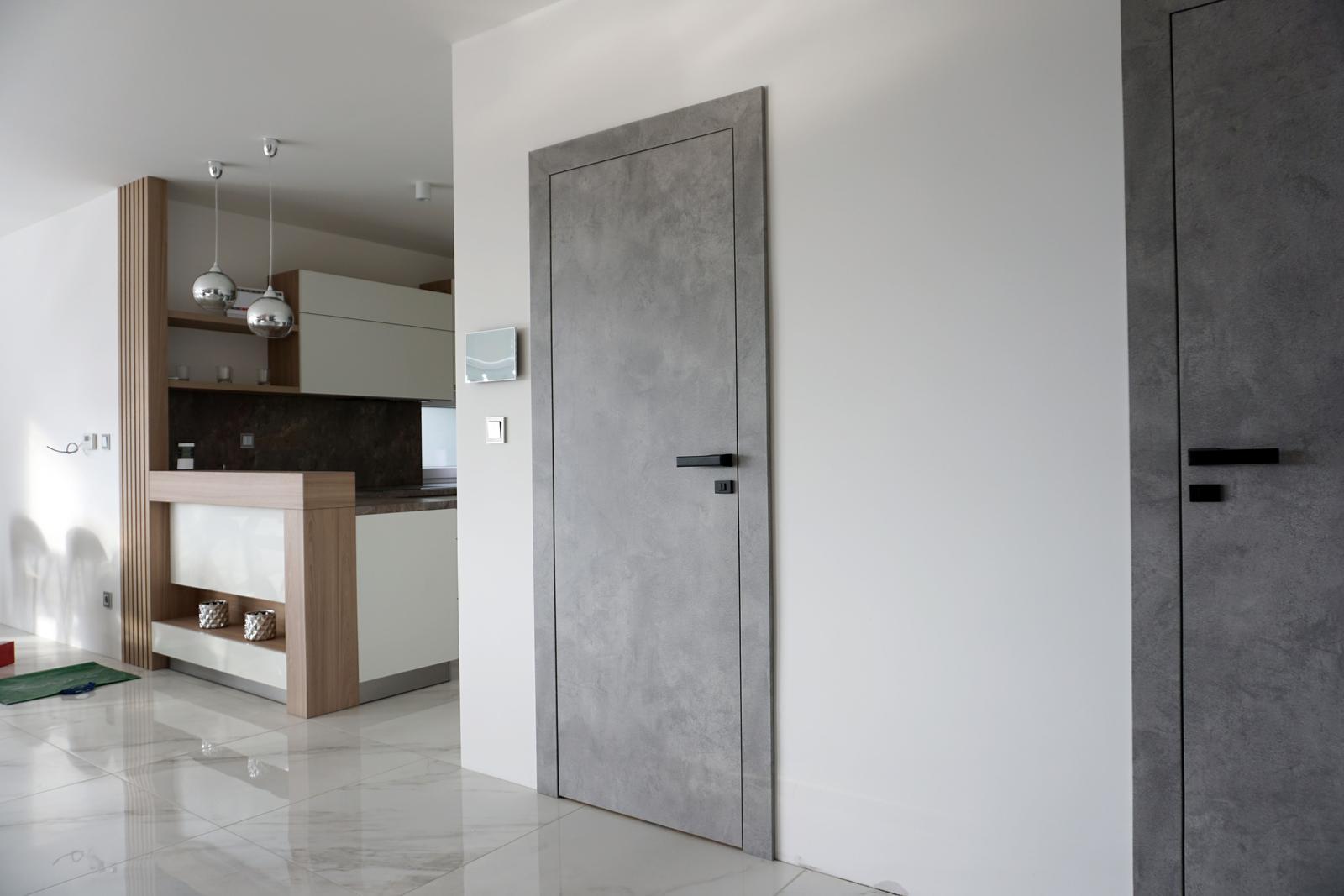 Reverzné dvere - CPL betón šedý - Obrázok č. 2
