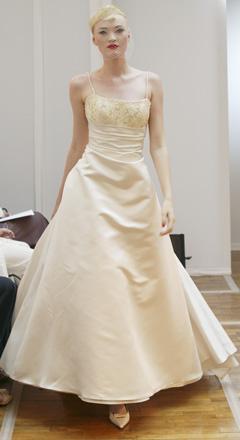 Jen svatební šaty - Obrázek č. 2