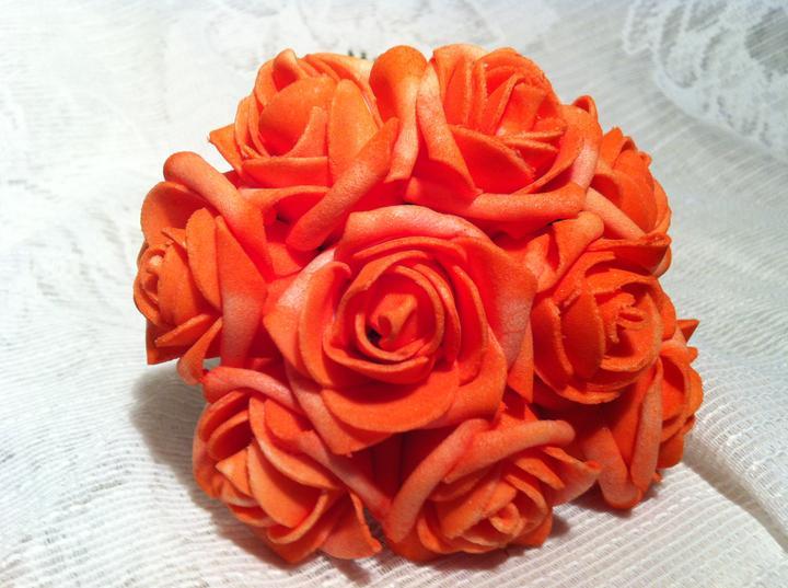 Netradiční svatební kytice - pěnové růžičky + polštářky pod prstýnky, košíčky - Obrázek č. 11