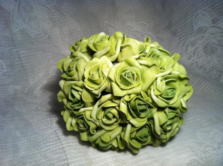 Netradiční svatební kytice - pěnové růžičky + polštářky pod prstýnky, košíčky - Obrázek č. 12
