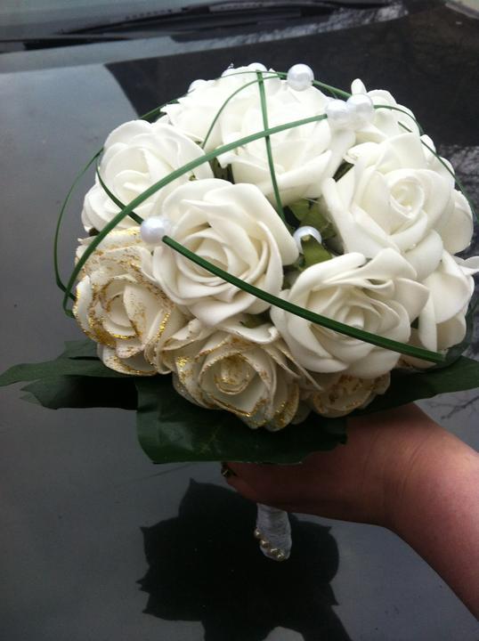 Netradiční svatební kytice - pěnové růžičky + polštářky pod prstýnky, košíčky - Obrázek č. 21