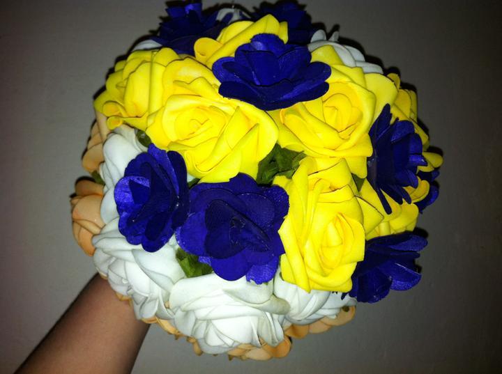 Netradiční svatební kytice - pěnové růžičky + polštářky pod prstýnky, košíčky - Obrázek č. 22