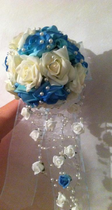 Netradiční svatební kytice - pěnové růžičky + polštářky pod prstýnky, košíčky - Obrázek č. 9
