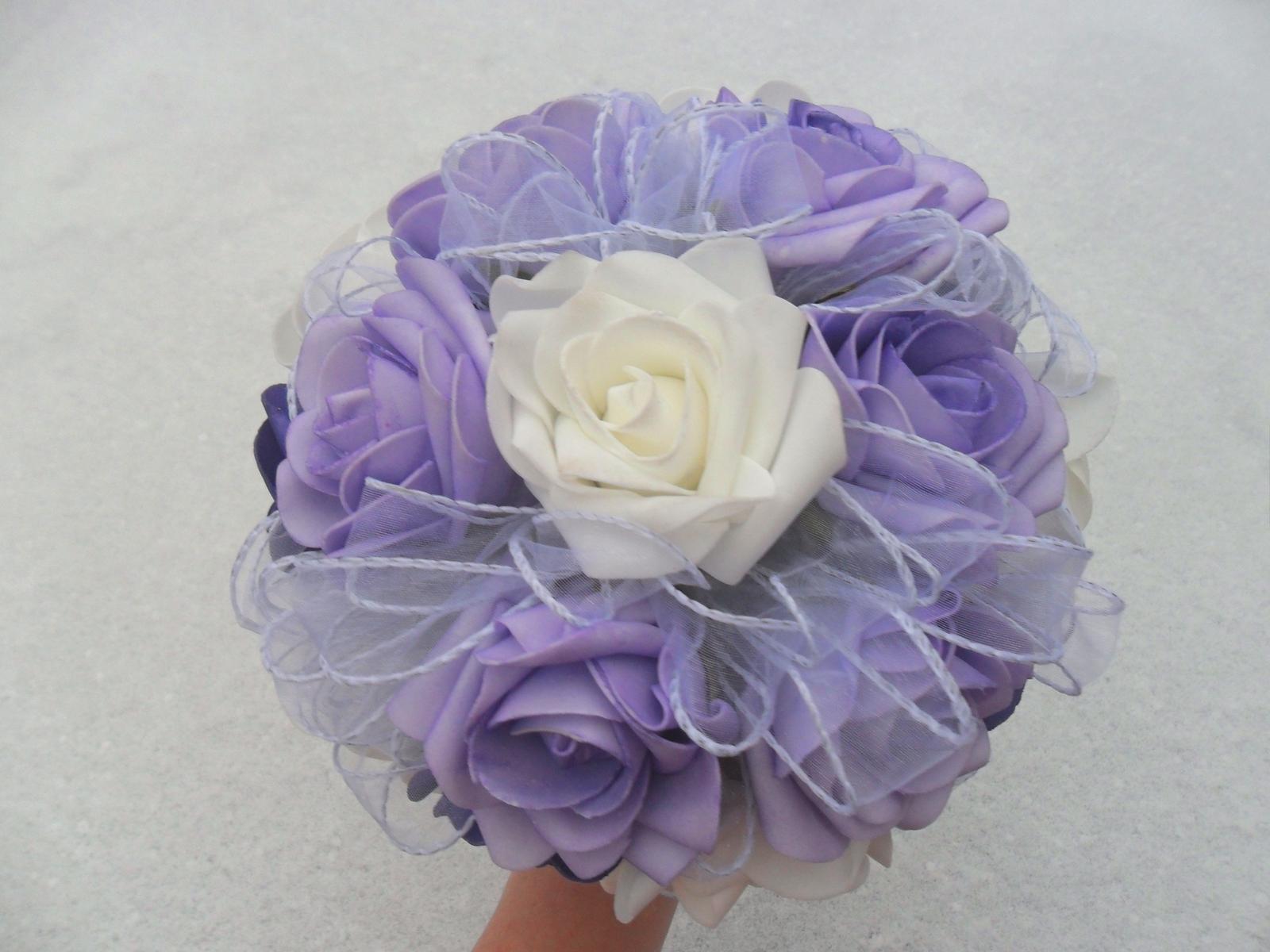 Netradiční svatební kytice - pěnové růžičky + polštářky pod prstýnky, košíčky - Obrázek č. 60