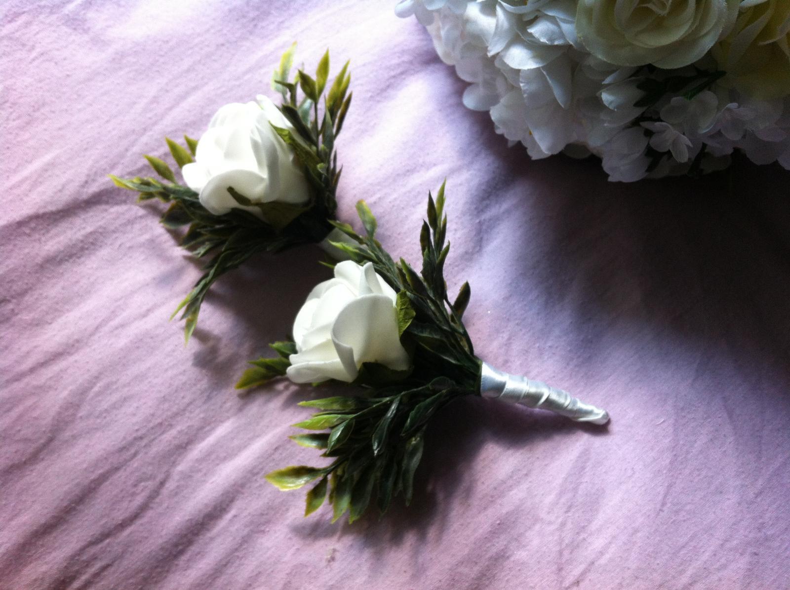 Netradiční svatební kytice - pěnové růžičky + polštářky pod prstýnky, košíčky - Obrázek č. 67