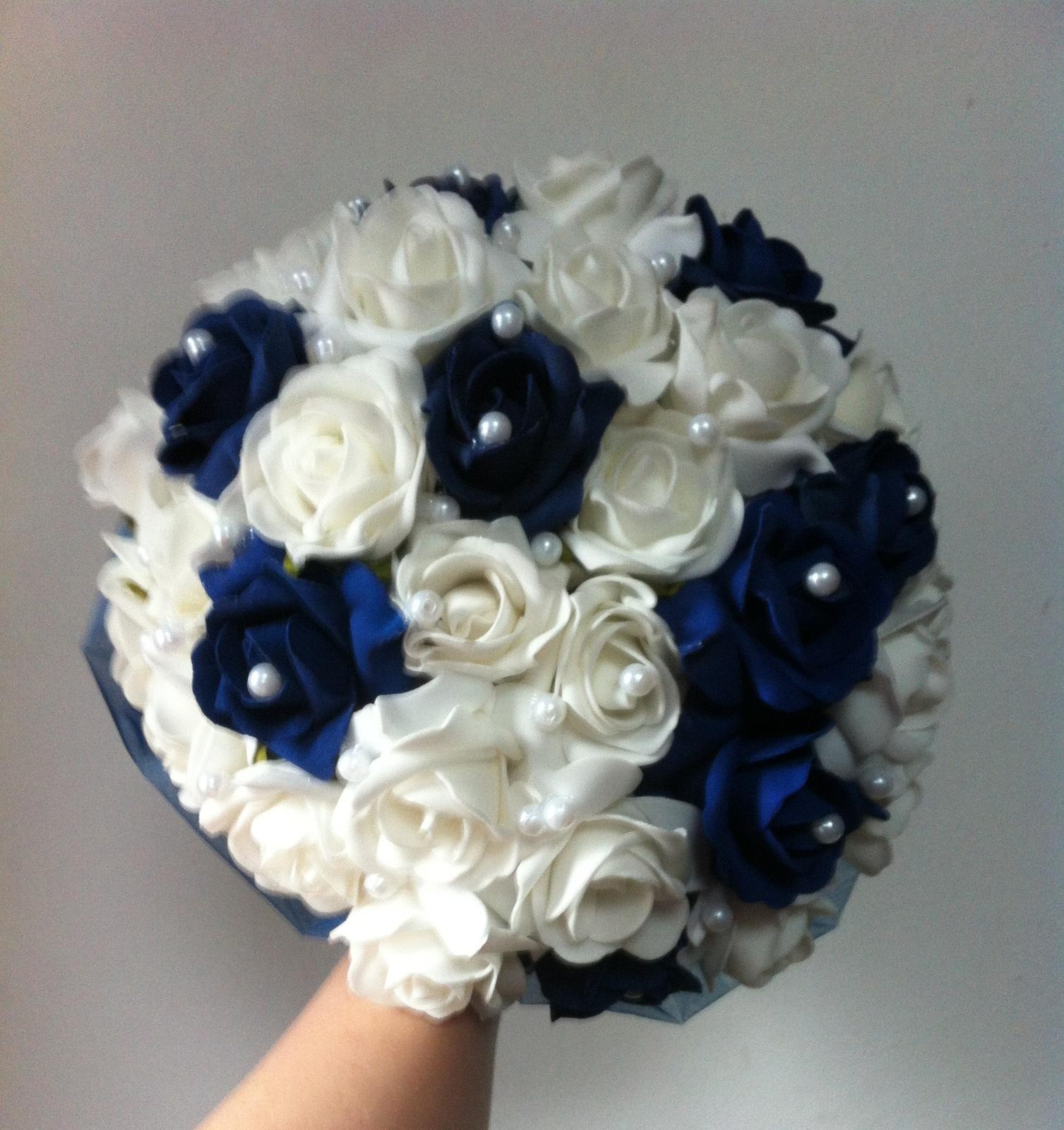 Netradiční svatební kytice - pěnové růžičky + polštářky pod prstýnky, košíčky - Obrázek č. 84