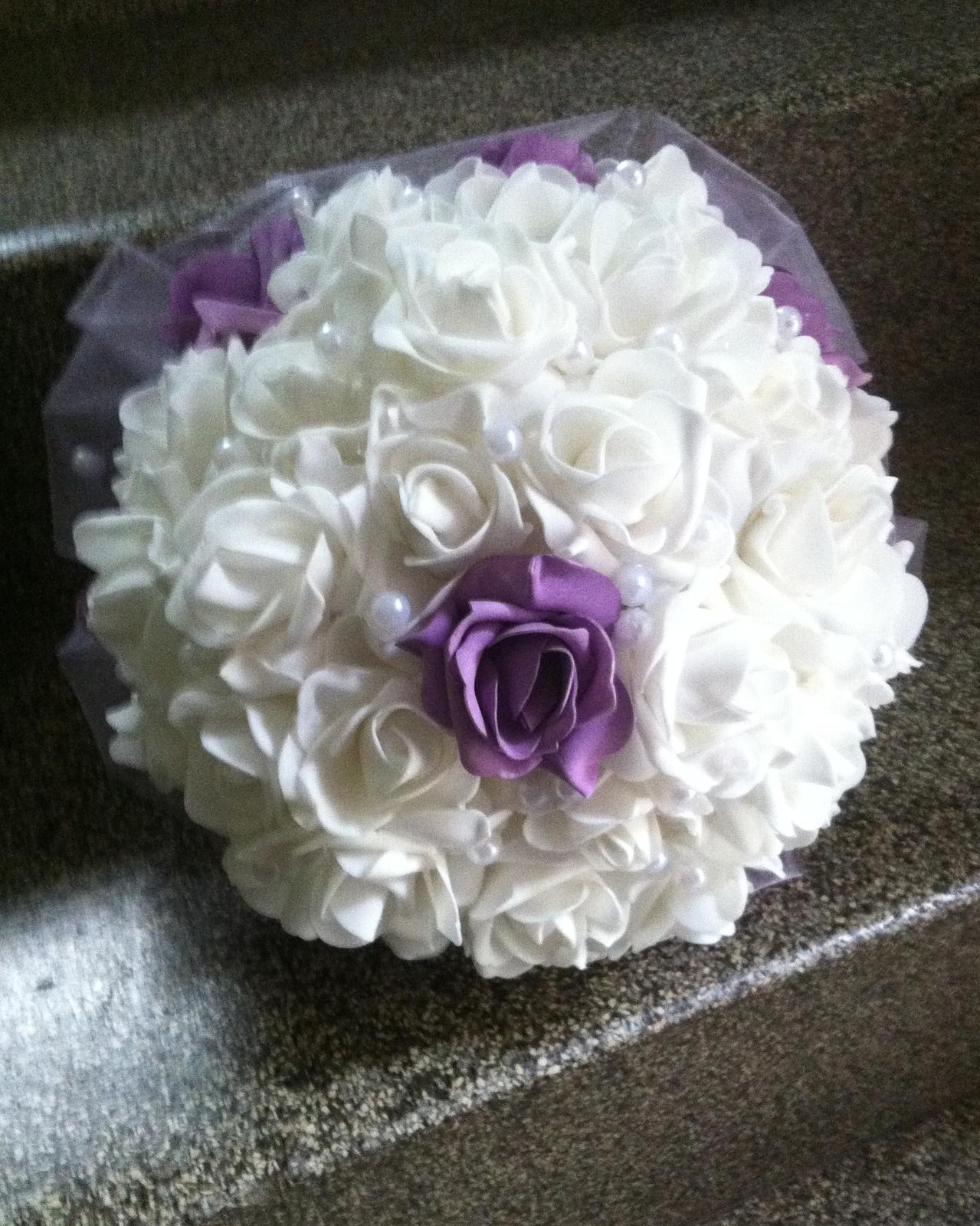 Netradiční svatební kytice - pěnové růžičky + polštářky pod prstýnky, košíčky - Obrázek č. 88