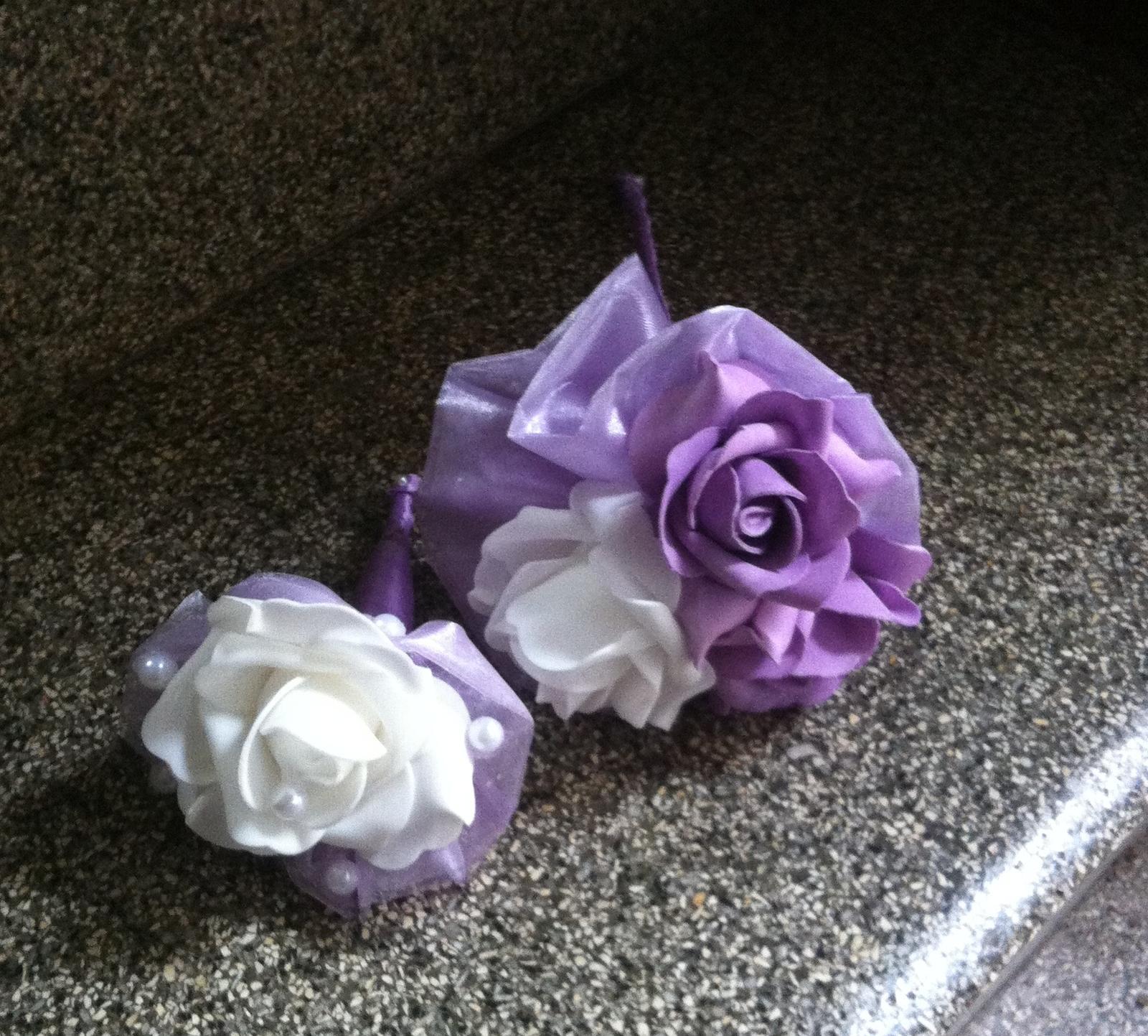 Netradiční svatební kytice - pěnové růžičky + polštářky pod prstýnky, košíčky - Obrázek č. 89