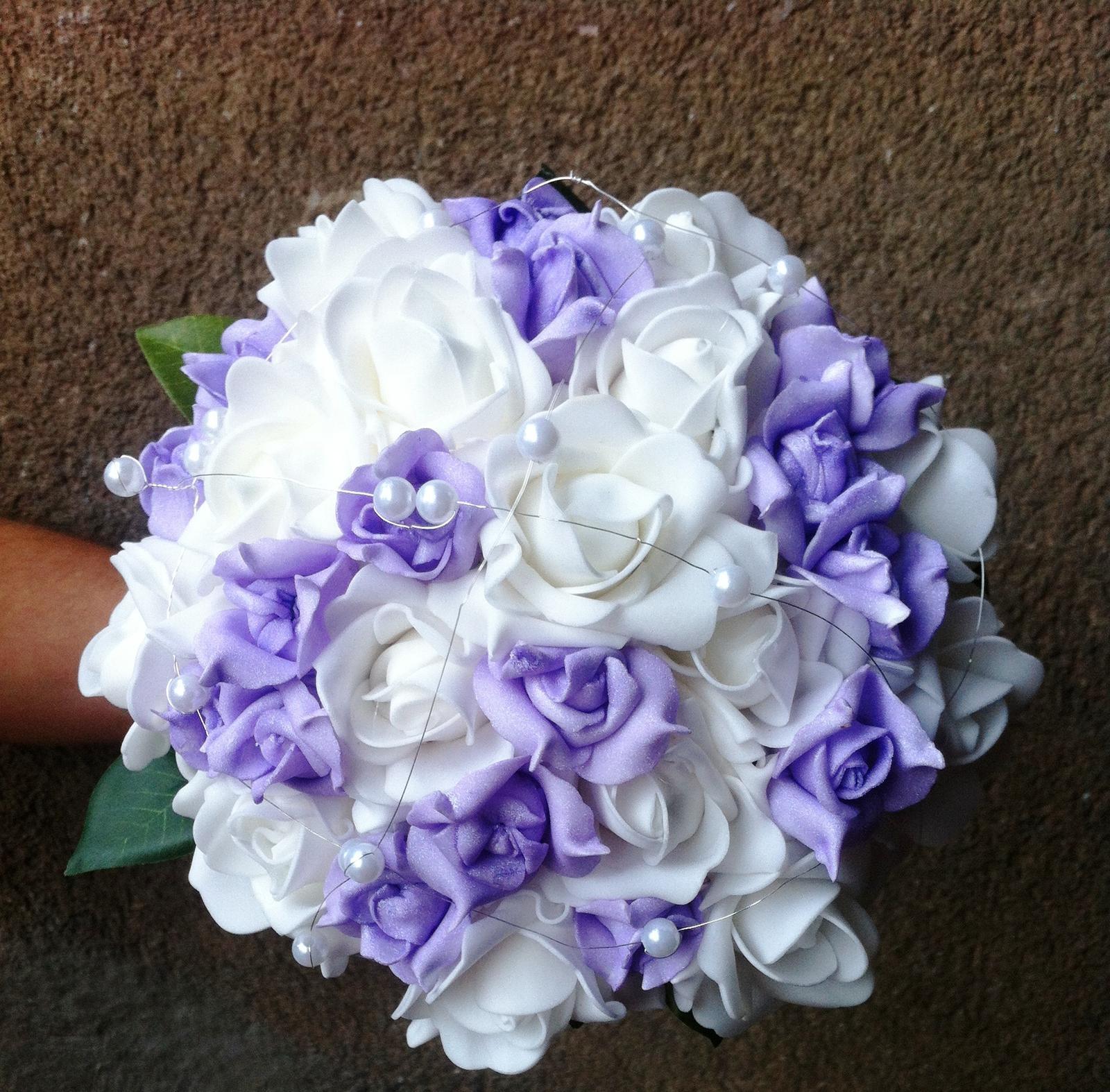 Netradiční svatební kytice - pěnové růžičky + polštářky pod prstýnky, košíčky - Obrázek č. 97