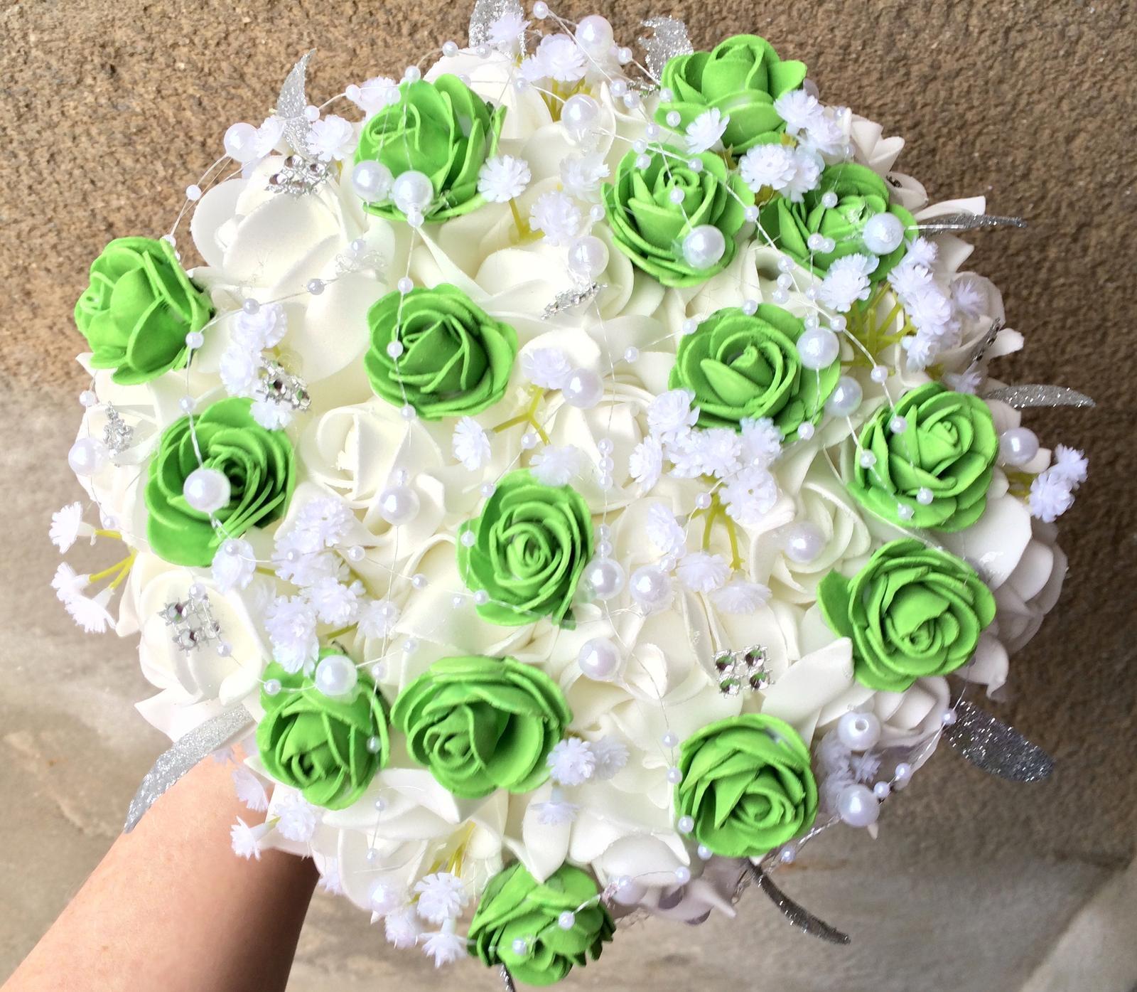 Svatební kytice z umělých květin - Obrázek č. 5