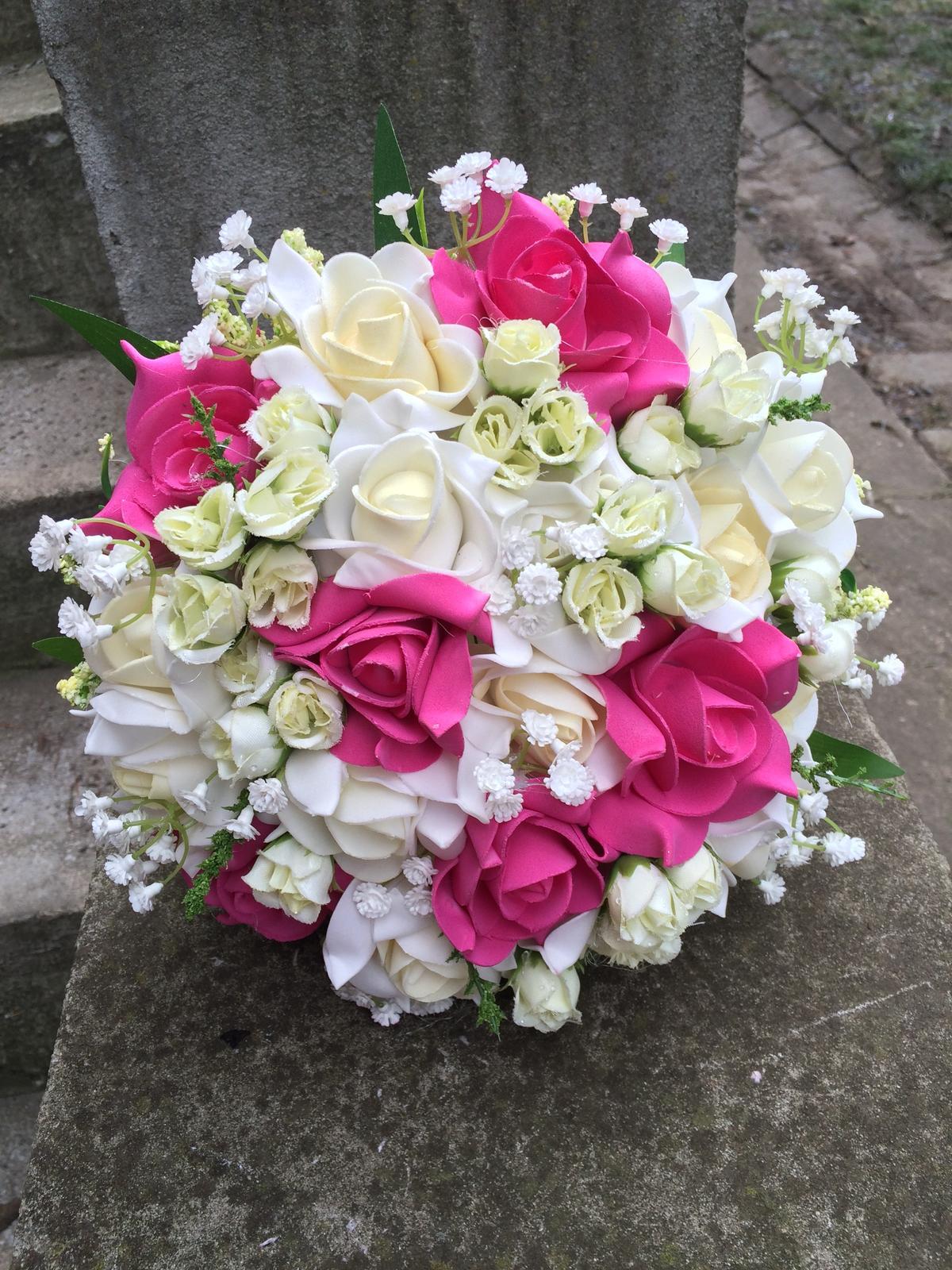 Svatební kytice z umělých květin - Obrázek č. 9