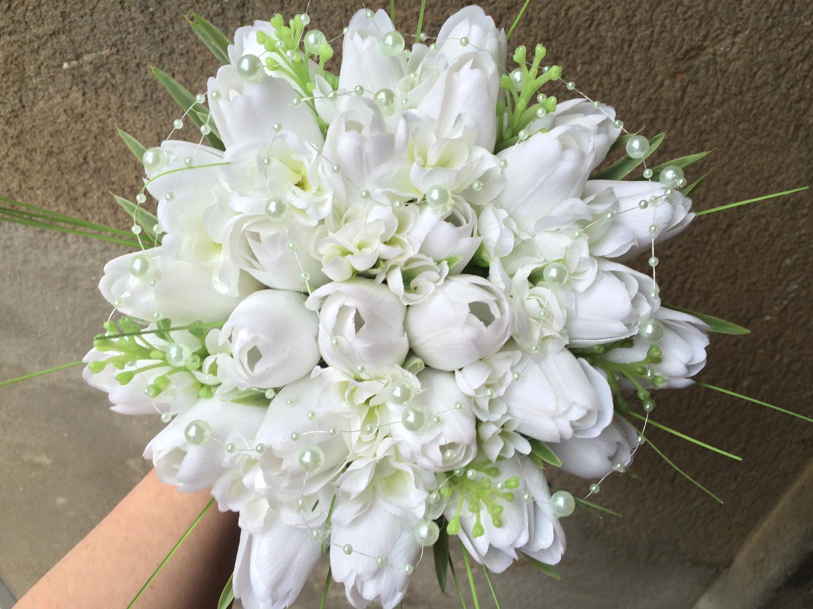 Svatební kytice z umělých květin - Obrázek č. 16