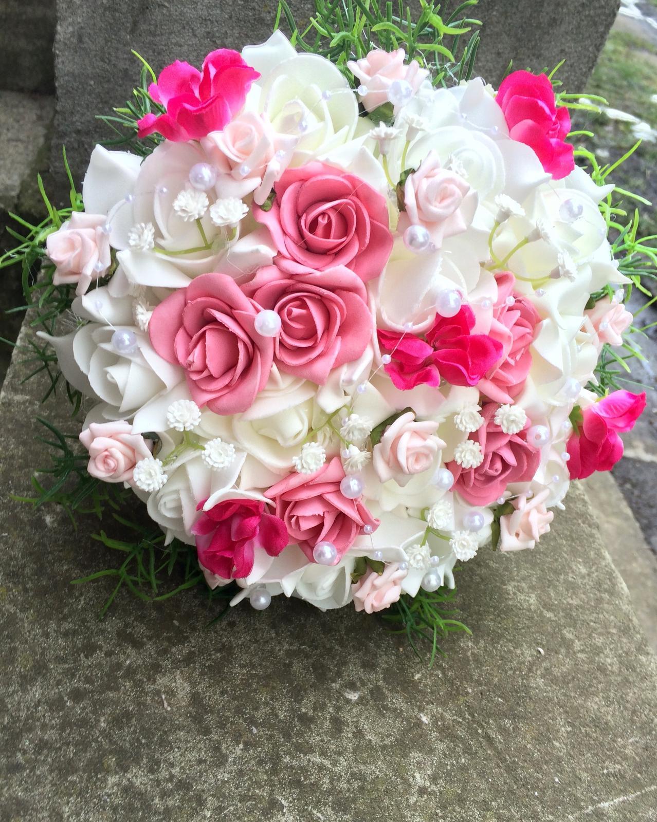 Svatební kytice z umělých květin - Obrázek č. 18