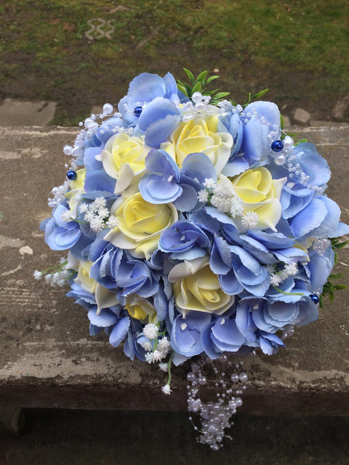 Svatební kytice z umělých květin - Obrázek č. 25