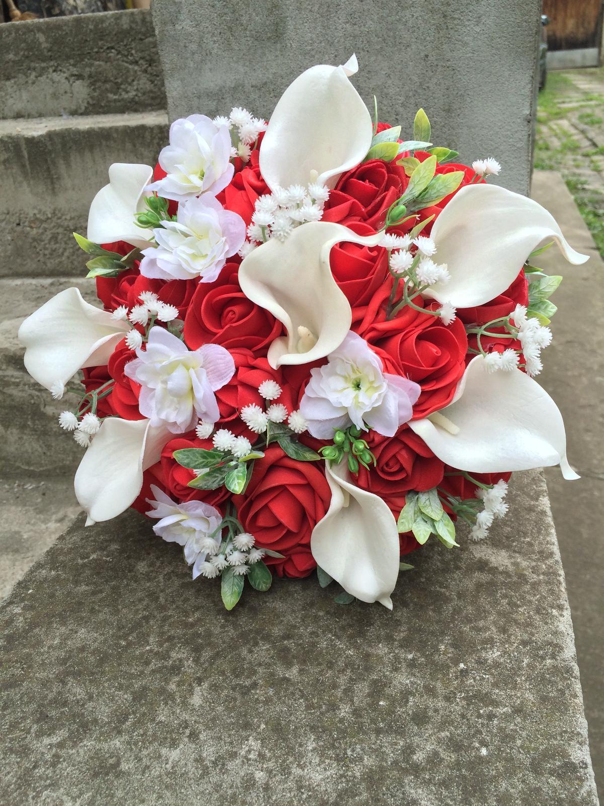 Svatební kytice z umělých květin - Obrázek č. 32