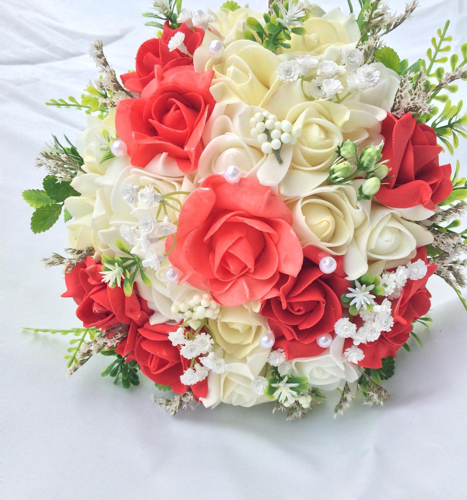 Svatební kytice z umělých květin - Obrázek č. 40