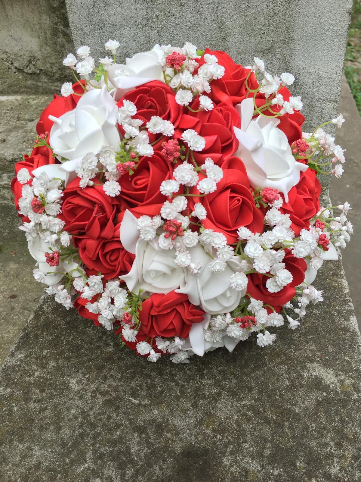 Svatební kytice z umělých květin - Obrázek č. 45