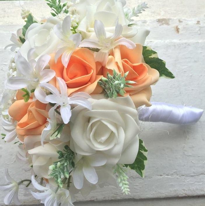 Svatební kytice + korsáž - bílo- meruňková - Obrázek č. 1