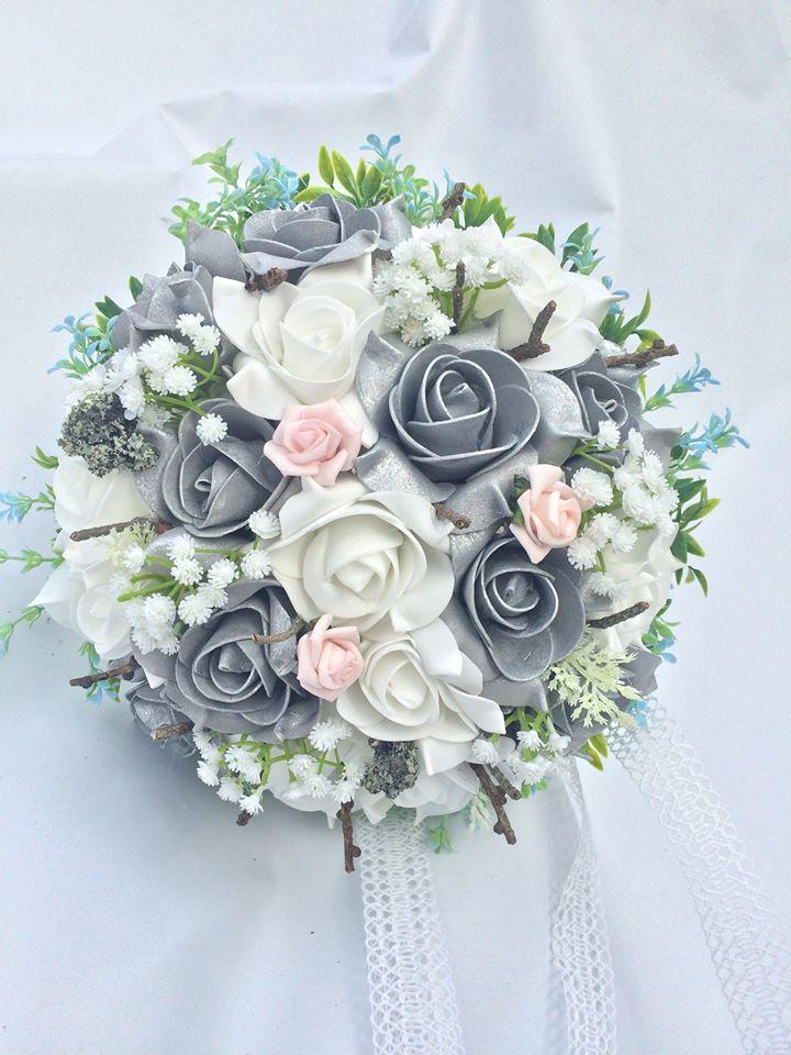 Svatební kytice a korsáž pro ženicha- šedo- stříbr - Obrázek č. 1