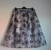 Sivá kvetovaná midi sukňa , 44