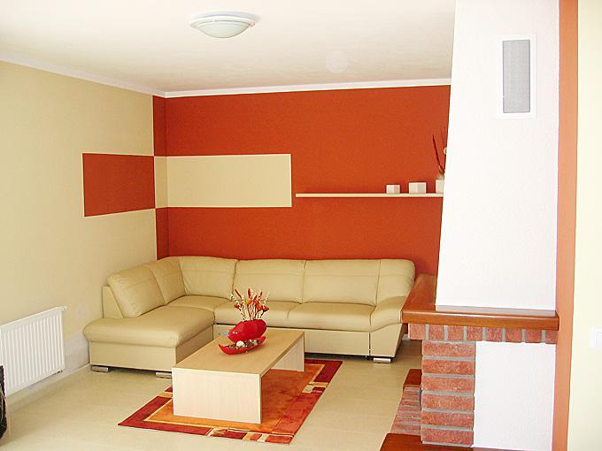 Moje sníčky - zaujímavo vymaľovaná obývačka