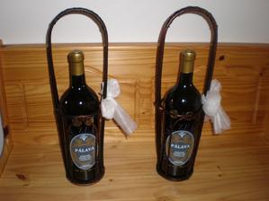 Dárky pro tatínky - víno Pálava v třílitrové láhvi.