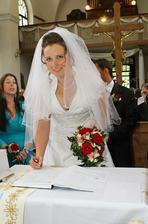 Autogramiáda nevěsty :)