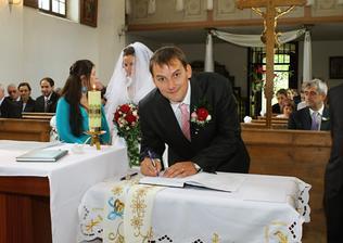 Autogramiáda ženicha :)