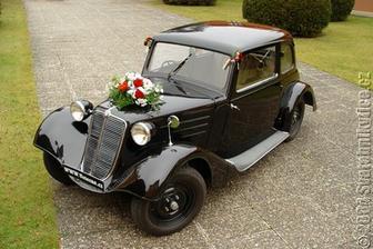 také nejaké auto by som brala na svadobný deň