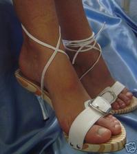 zopár tipov na svadobné a popolnočné topánočky - sú chutné