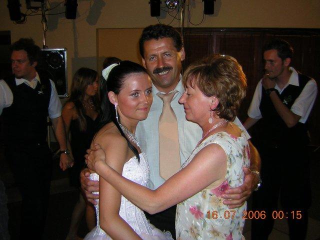 Lívia{{_AND_}}Rasťo - redovy s rodičmi
