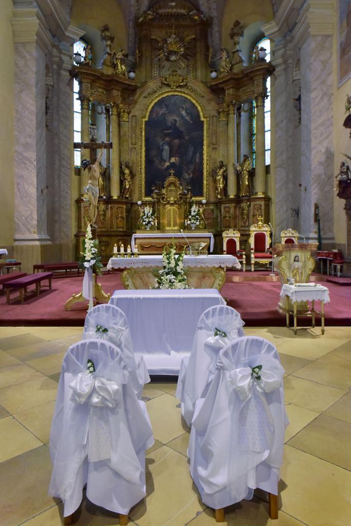 Kristínka{{_AND_}}Peťko - Náš kostolík :-)