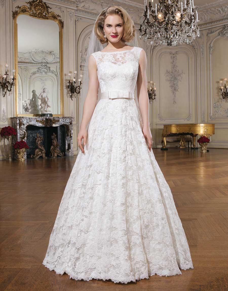 32b1eea34d4b Aký typ šiat mi odporúčate  - - Svadobné šaty