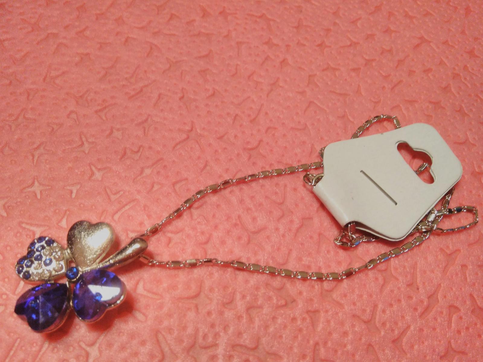 Modrý náhrdelník - Obrázok č. 1