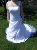 Svadobné šaty pre moletky, 44