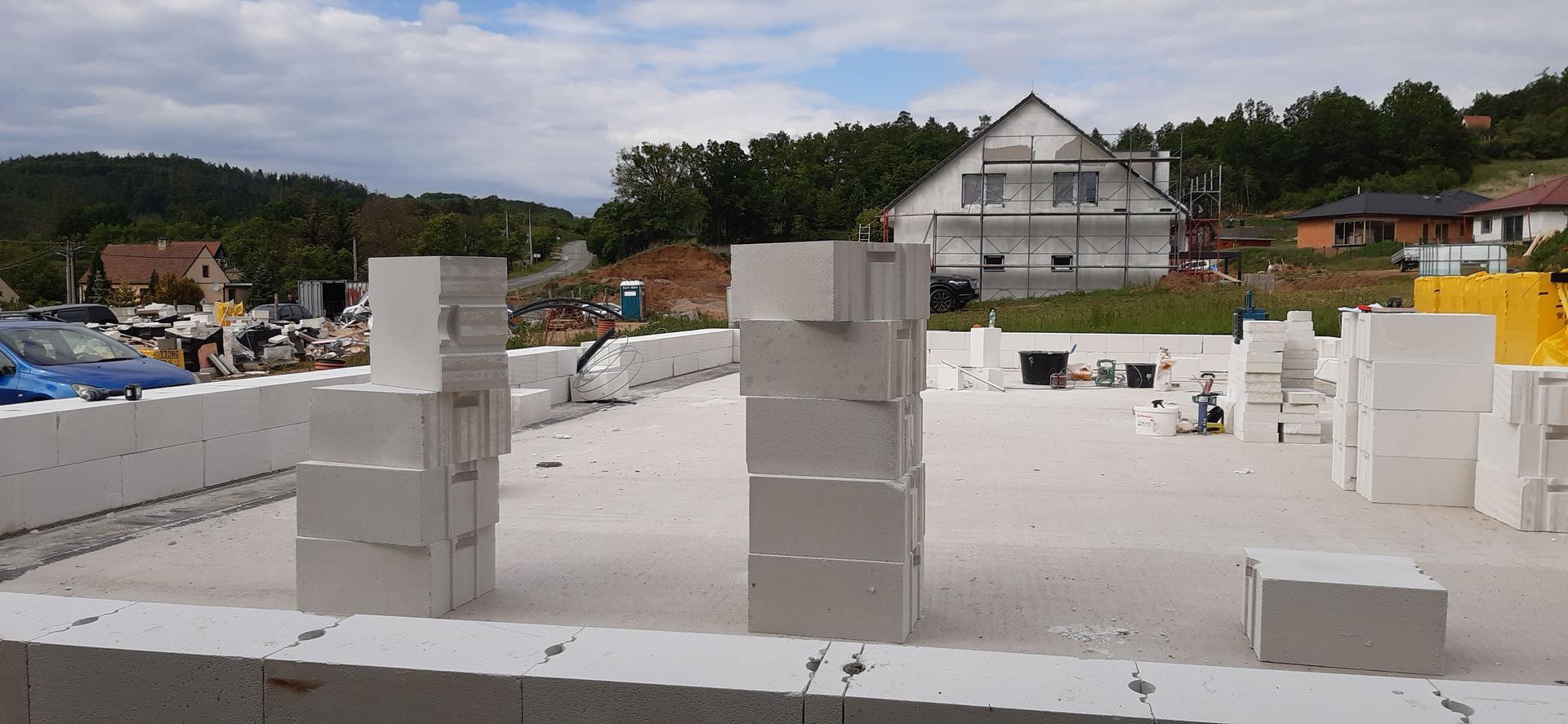 Hrubá stavba - březen - zaří 2020 - Obrázek č. 7
