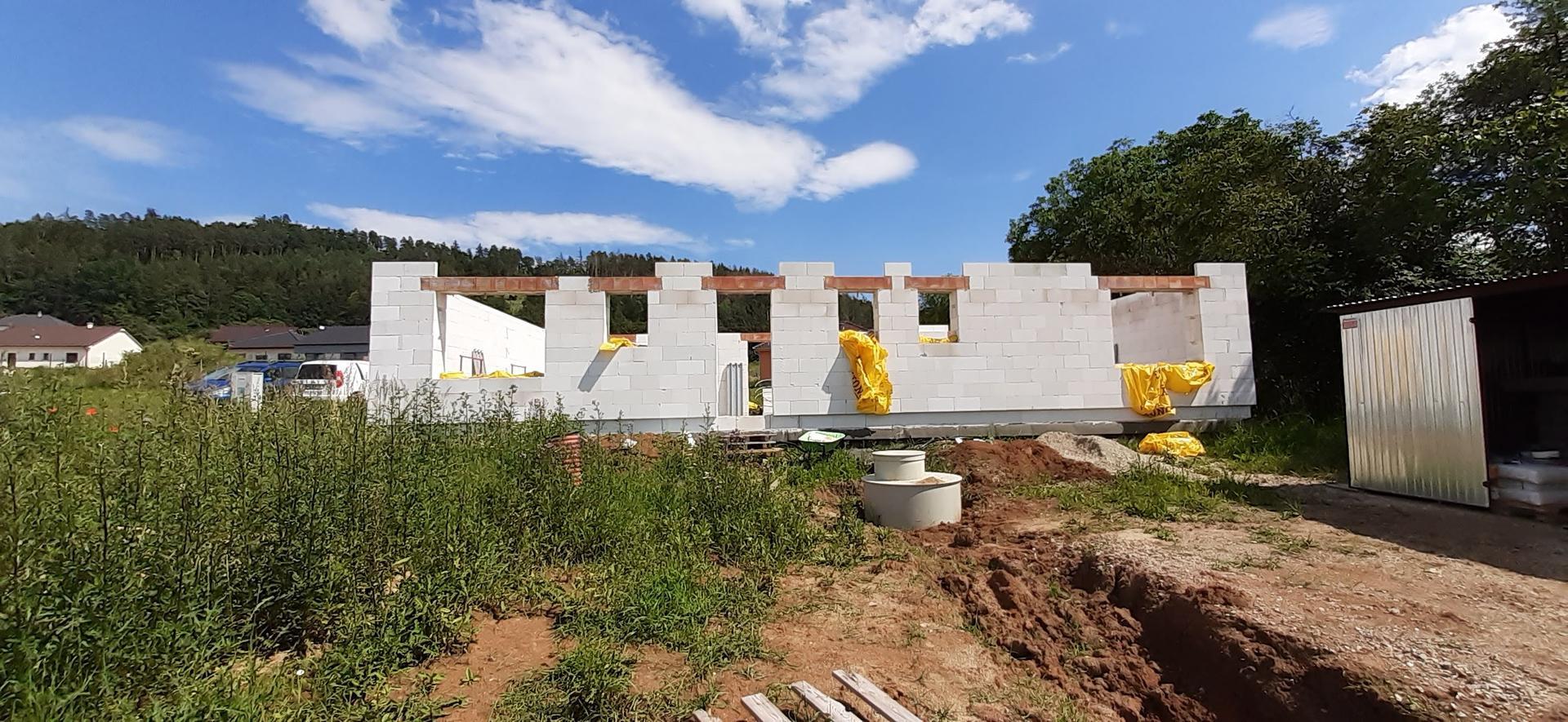 Hrubá stavba - březen - zaří 2020 - Obrázek č. 10