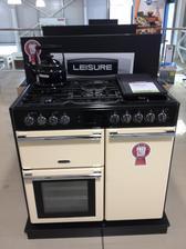 Náš nový range cooker,to sa bude variť :)