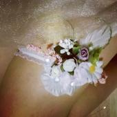 Extravagantny svadobný podväzok, M