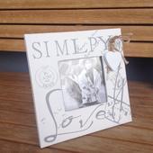Dřevěný bílý rámeček na 1 fotku Simply Love,