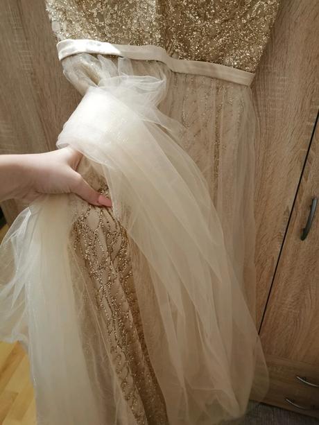 Zlaté třpytivé šaty pro vílu NOVÉ - Obrázek č. 3