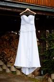 Elegantní jednoduché svatební šaty, 36