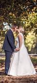 Svadobné šaty so spodnicou a závojom, 40