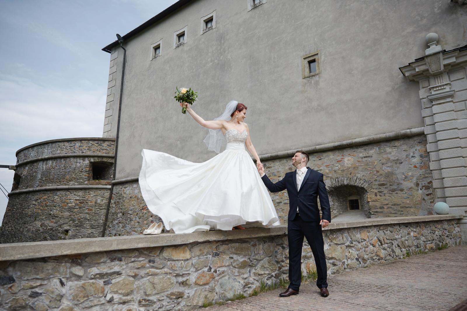vynimocne svadobne saty - Obrázok č. 3